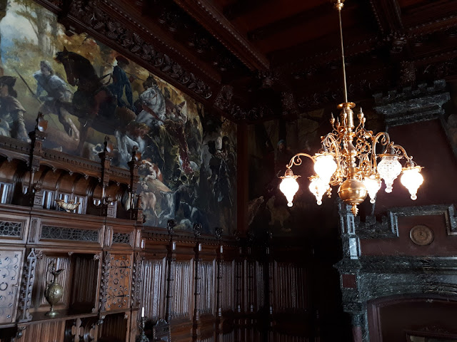 Living room in drachenburg castle with secret doors