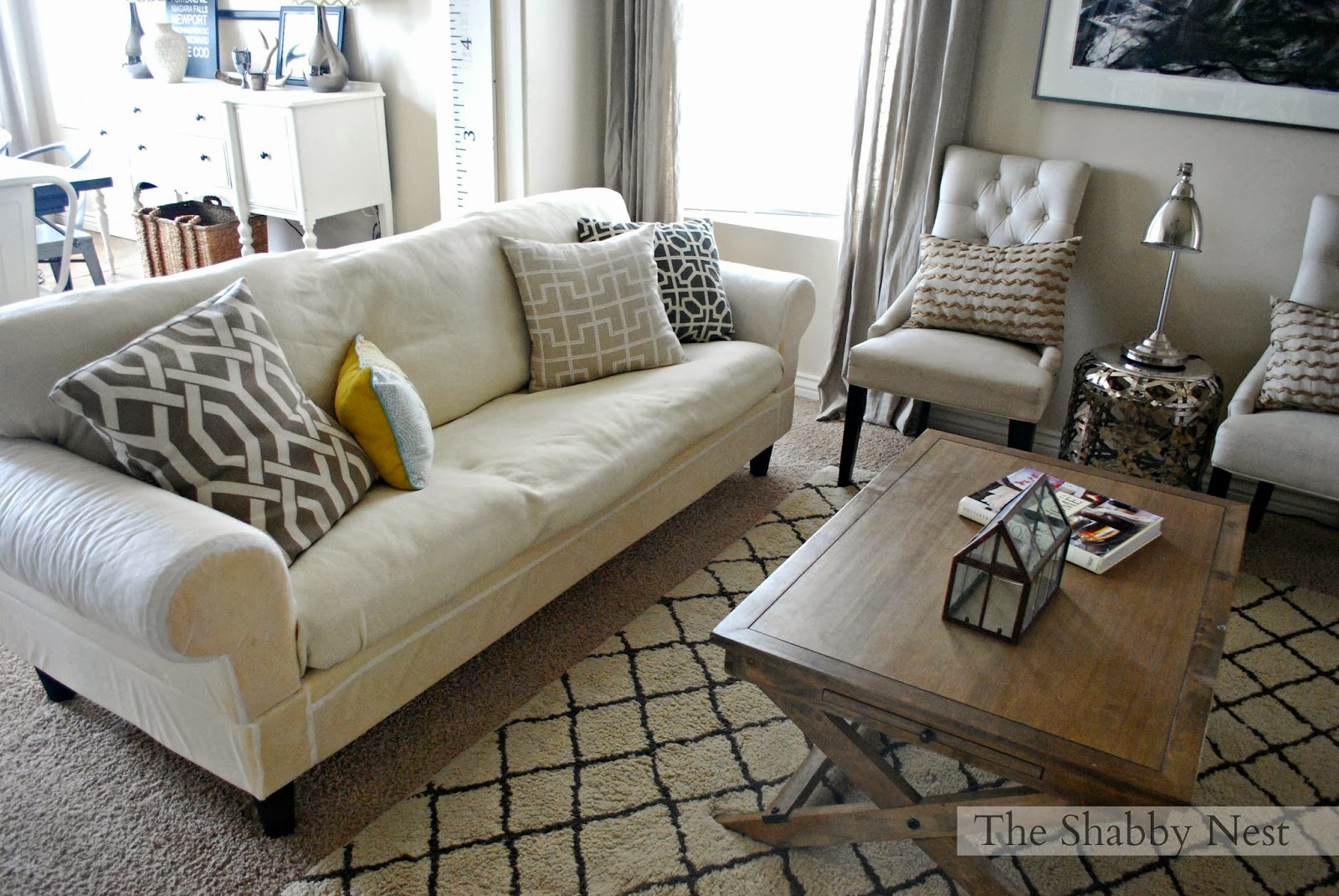 Small Space Decorating Tricks: The Shabby Nest: Small Space Decorating: A Trick~