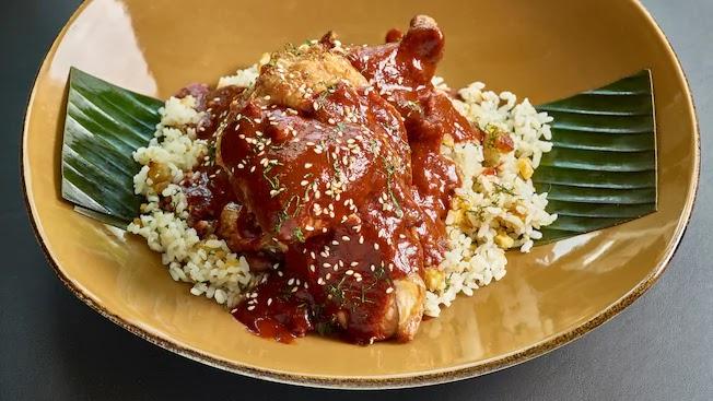 Restaurante mexicanoFrontera Cocina em Disney Springs Orlando: Prato com frango do Frontera Cocina