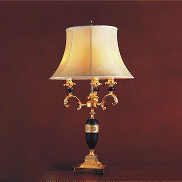 Gợi ý 3 mẫu đèn để bàn phòng ngủ đẹp cho khách kỹ tính