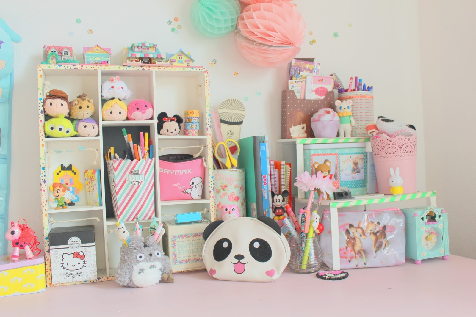 mon bureau pastel et kawaii. Black Bedroom Furniture Sets. Home Design Ideas