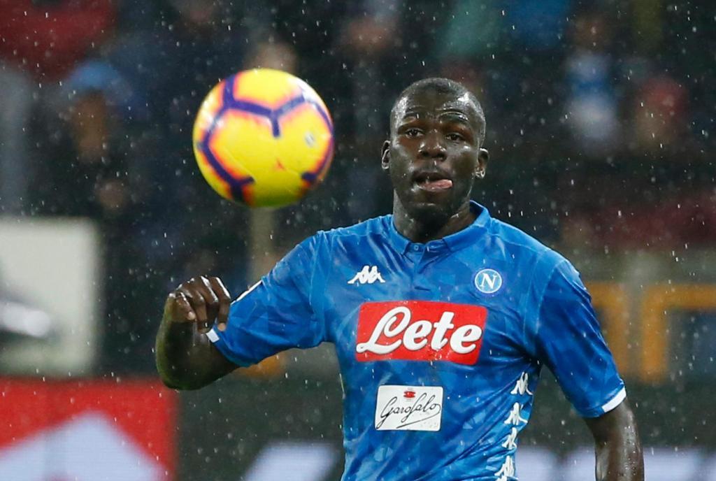 Chelsea rất cần Koulibaly cho vị trí trung vệ
