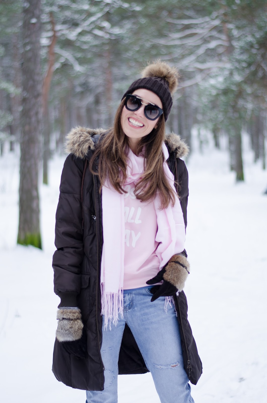 winter snow outfit casual coat beanie scarf