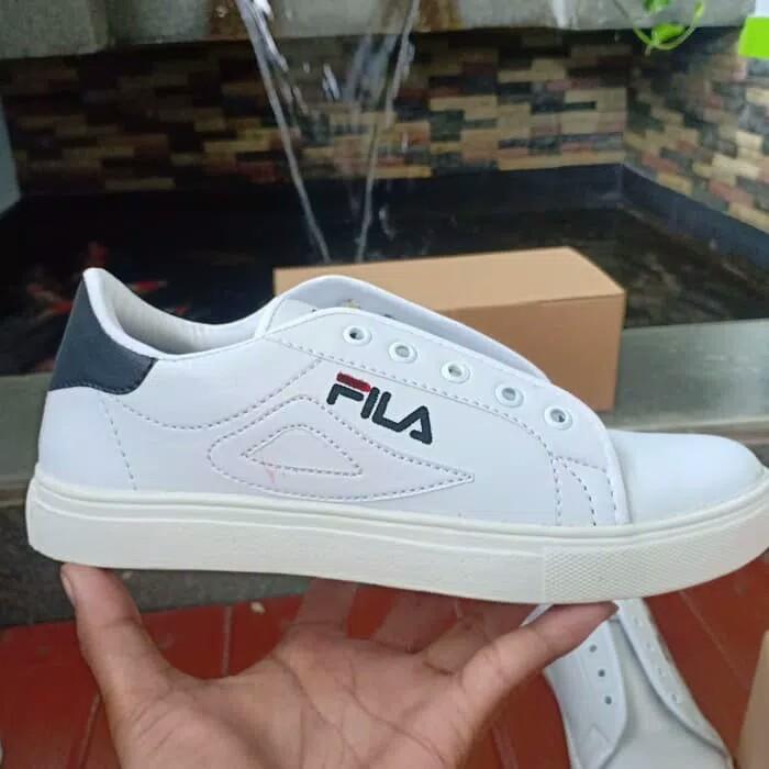 Sepatu nike terbaru untuk wanita dan harganya af6ad41d50