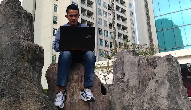 Laptop Gaming Murah dari Keluarga ROG untuk Ayunkan Pedang di Kompetisi Game Dunia