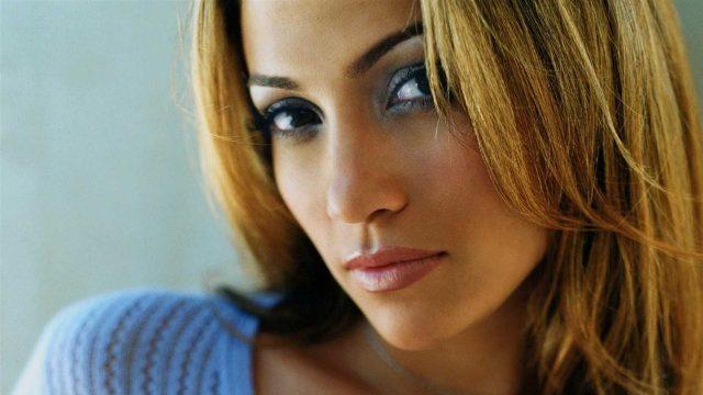 Jennifer Lopez revienta internet con su foto más poderosa