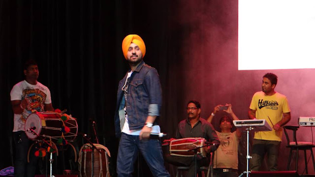 Diljit Dosanjh HD  Live Stage performance Wallpapers 2016