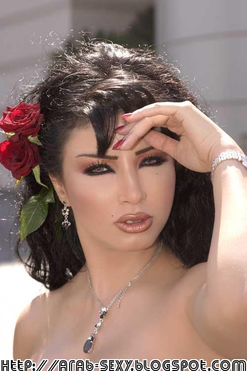 Golden Eyes - donnell gumiran | Arab woman, Beautiful, Beauty