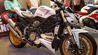 Dijual MOGE: 2012 Ducati Streetfighter 848
