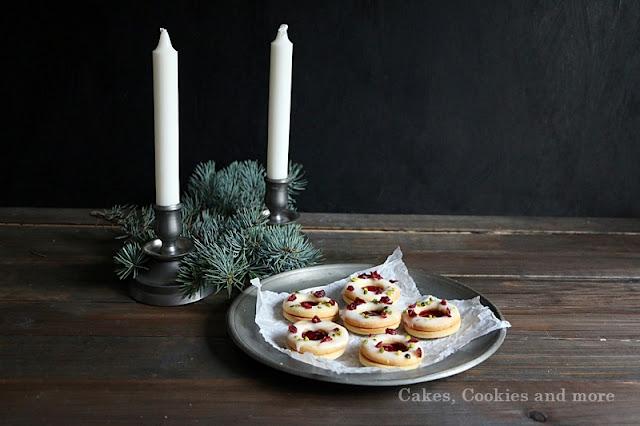 Cranberry Spitzbuben mit Pistazien