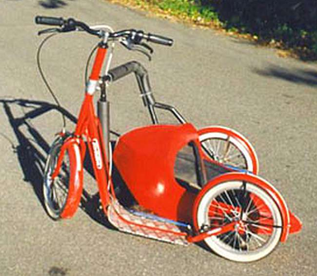 trottinette Tomasini avec side-car