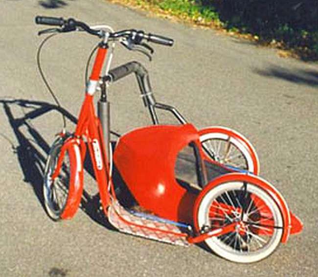 trottinette Tomasini avec side-car