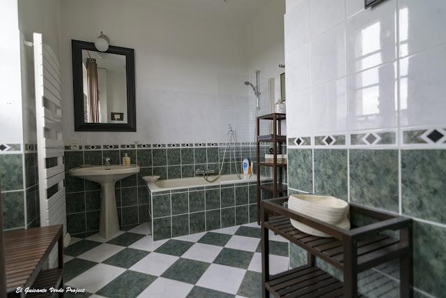 Baño Habitación de L?ostal en Perigord - Velines, Francia por El Guisante Verde Project