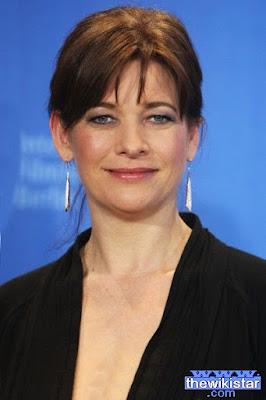 قصة حياة كيري فوكس (Kerry Fox)، ممثلة نيوزلندية، من مواليد يوم 30 يوليو 1966