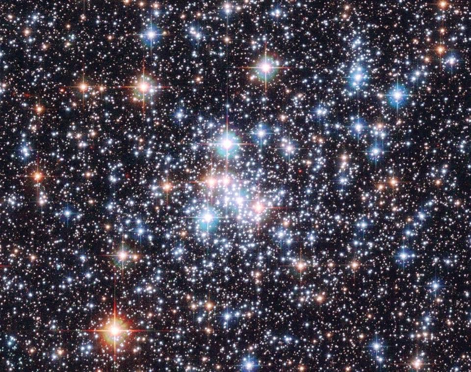 Resultado de imagen de Un Joyero de estrellas en la Gran Nube de Magallanes