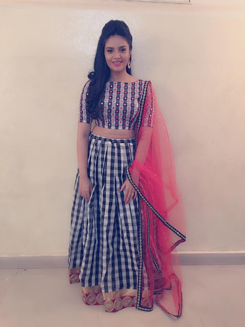 Pataas anchor Sreemukhi latest Photos