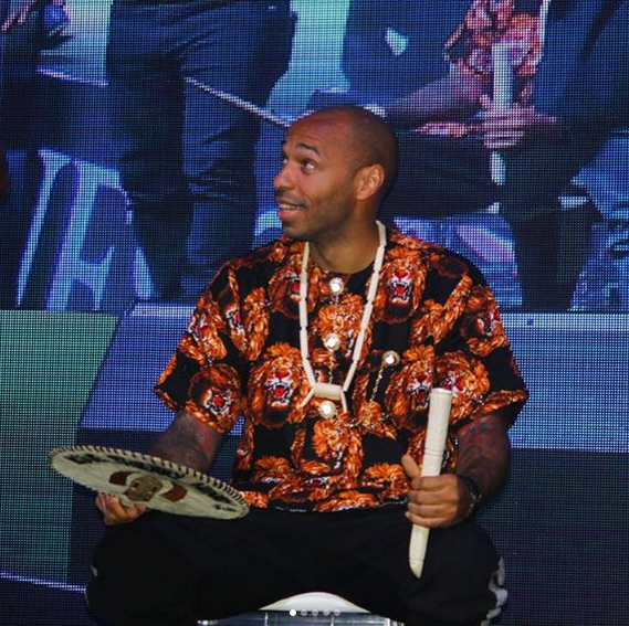 Thierry-Henry-crowned-Igwe-of-football-in-Nigeria-7