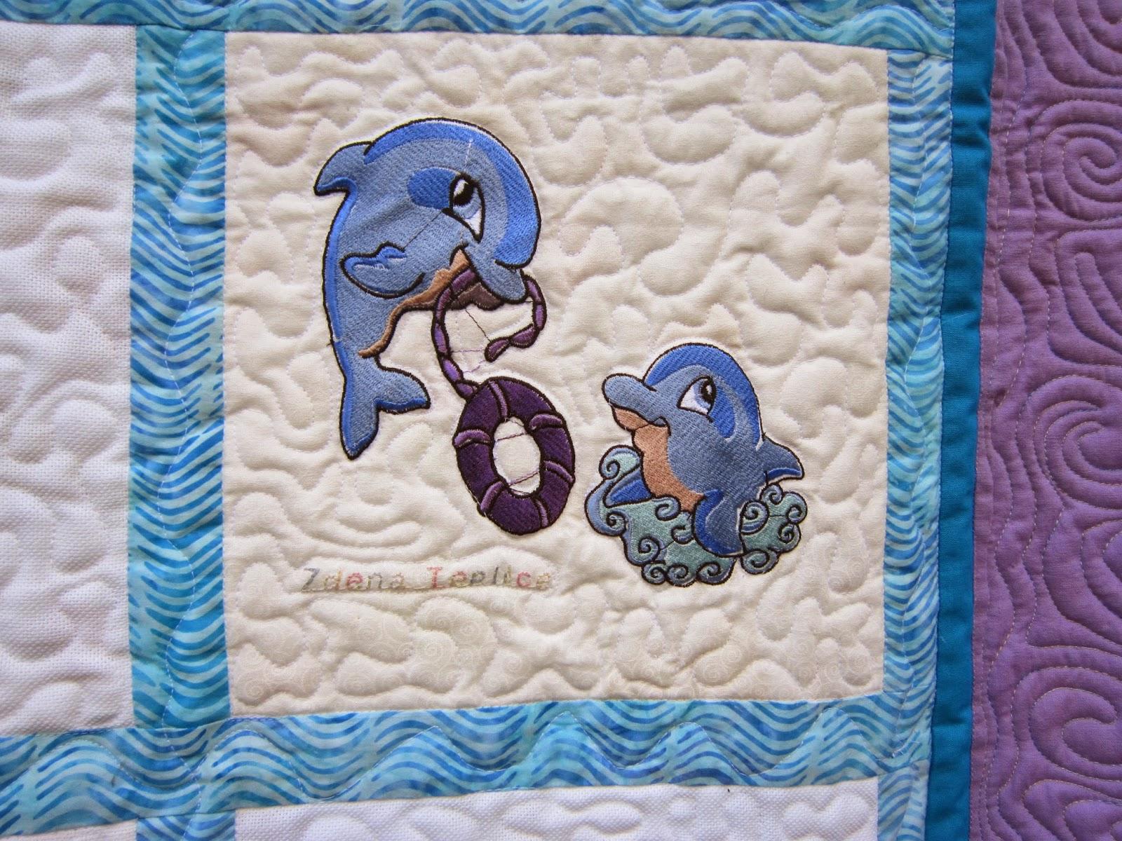 hravé delfíny vyšila Zdena z Teplic