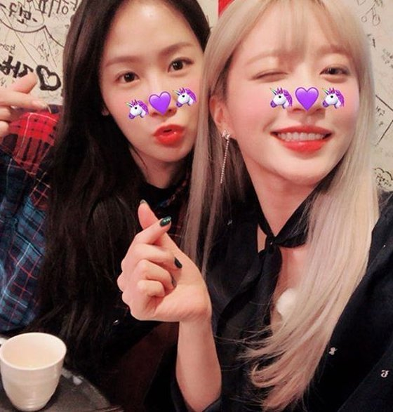 [News] Soyu and Hani grab drinks after their first meet up together - YeuKpopJpop
