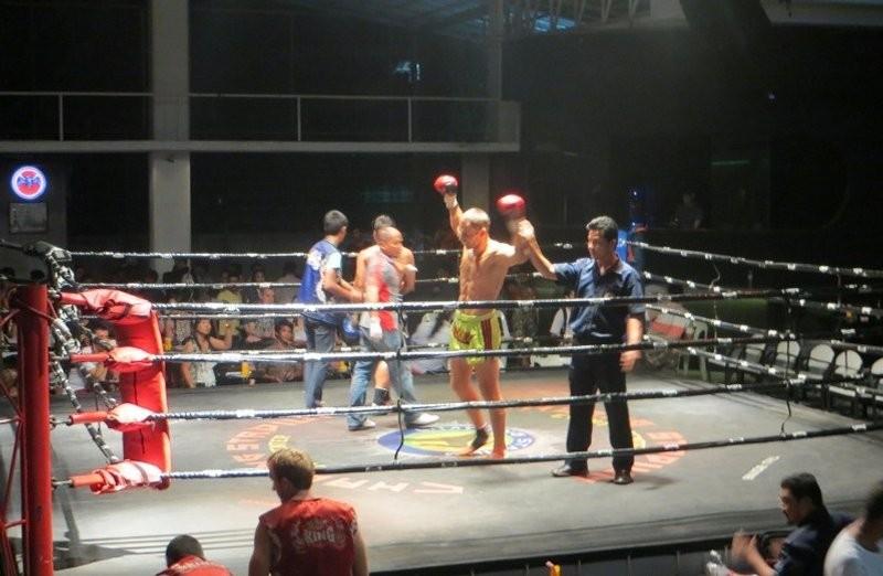 Ринг тайского бокса Чавенг