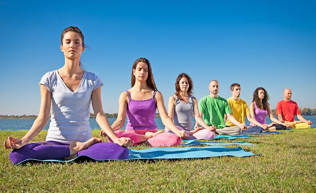 http://www.almasaranterapiasycursos.com/2018/02/yoga-y-meditacion.html