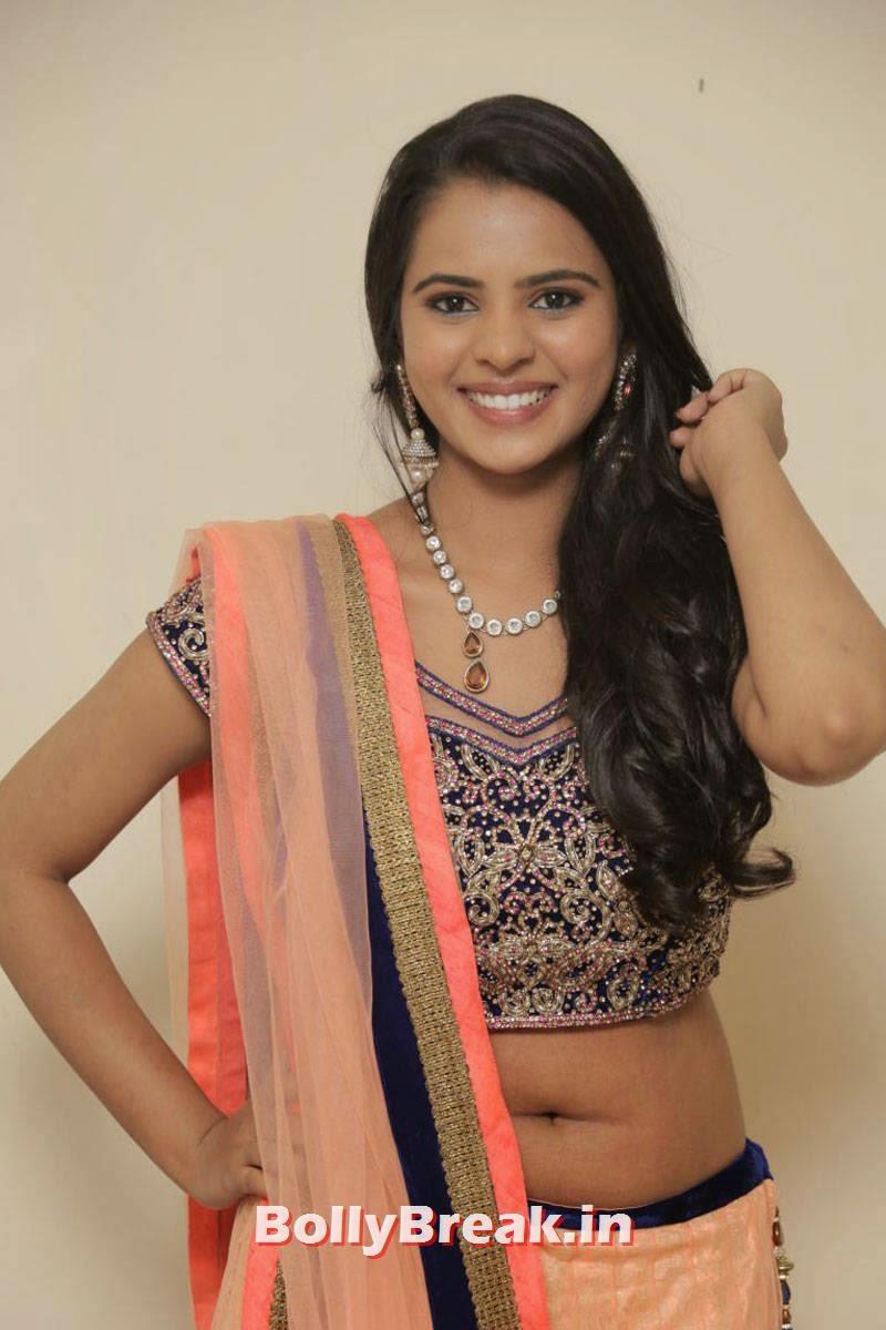 Manasa Images, Actress Manasa hot Photos in Backless Choli & Lehenga