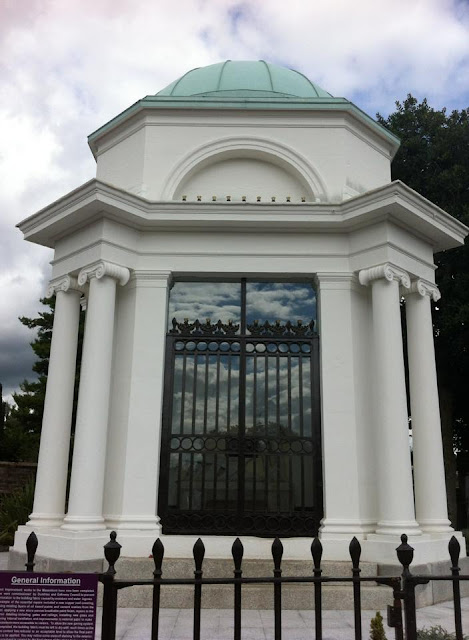 Burns Mausoleum, Dumfries