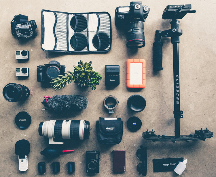 Keep Your Camera and Equipment Organized With These Tips