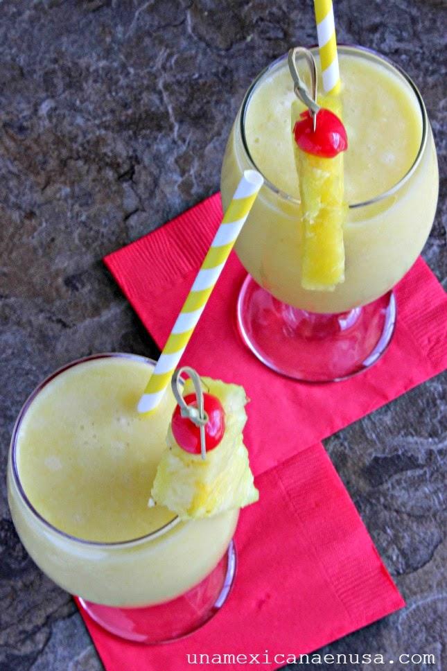 Piñas coladas para festejar el Día de las Madres by www.unamexicanaenusa.com