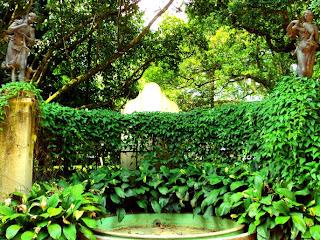 Eco e Narciso do Mestre Valentim, no Jardim Botânico do Rio de Janeiro