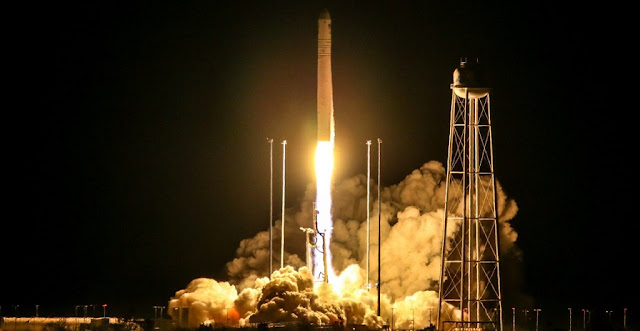 An Antares rocket launches the NG-10 Cygnus spacecraft into orbit. It is set to rendezvous with the International Space Station on the morning of Nov. 19, 2018. Photo Credit: Sean Costello / SpaceFlight Insider