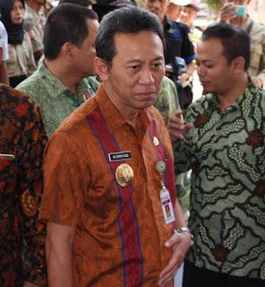 Beredar Kabar Bupati Kebumen Menjadi Tersangka KPK