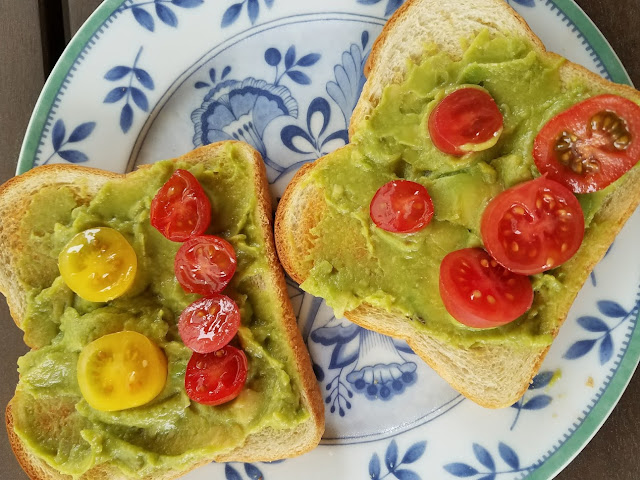 Let Toast or Bread be a Canvas for Avocados