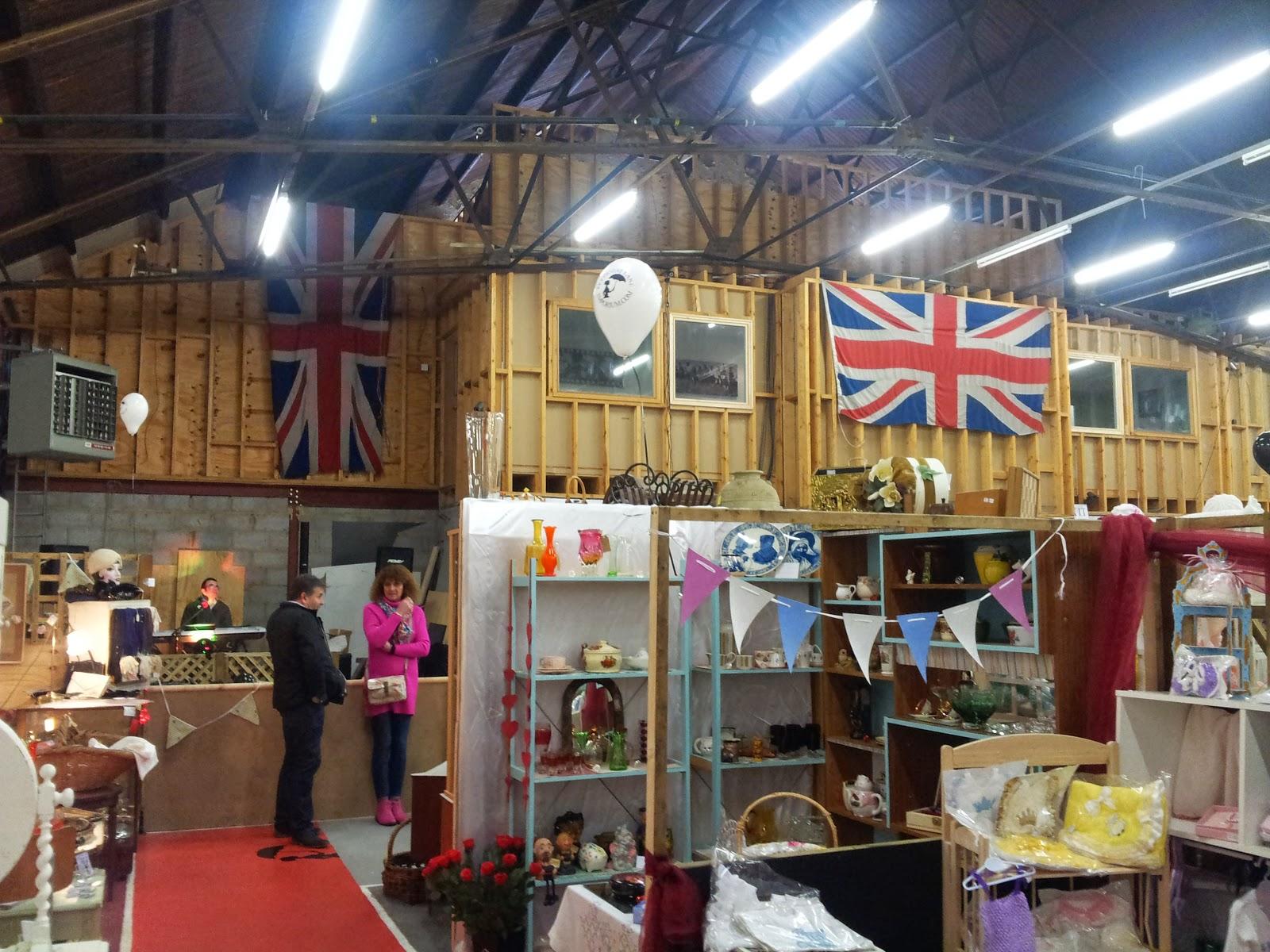 petticoat lane market opening times