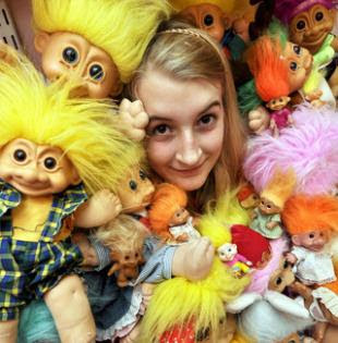 http://www.heraldseries.co.uk/news/hswallingfordnews/4637093.A_world_record_trolls__house______/