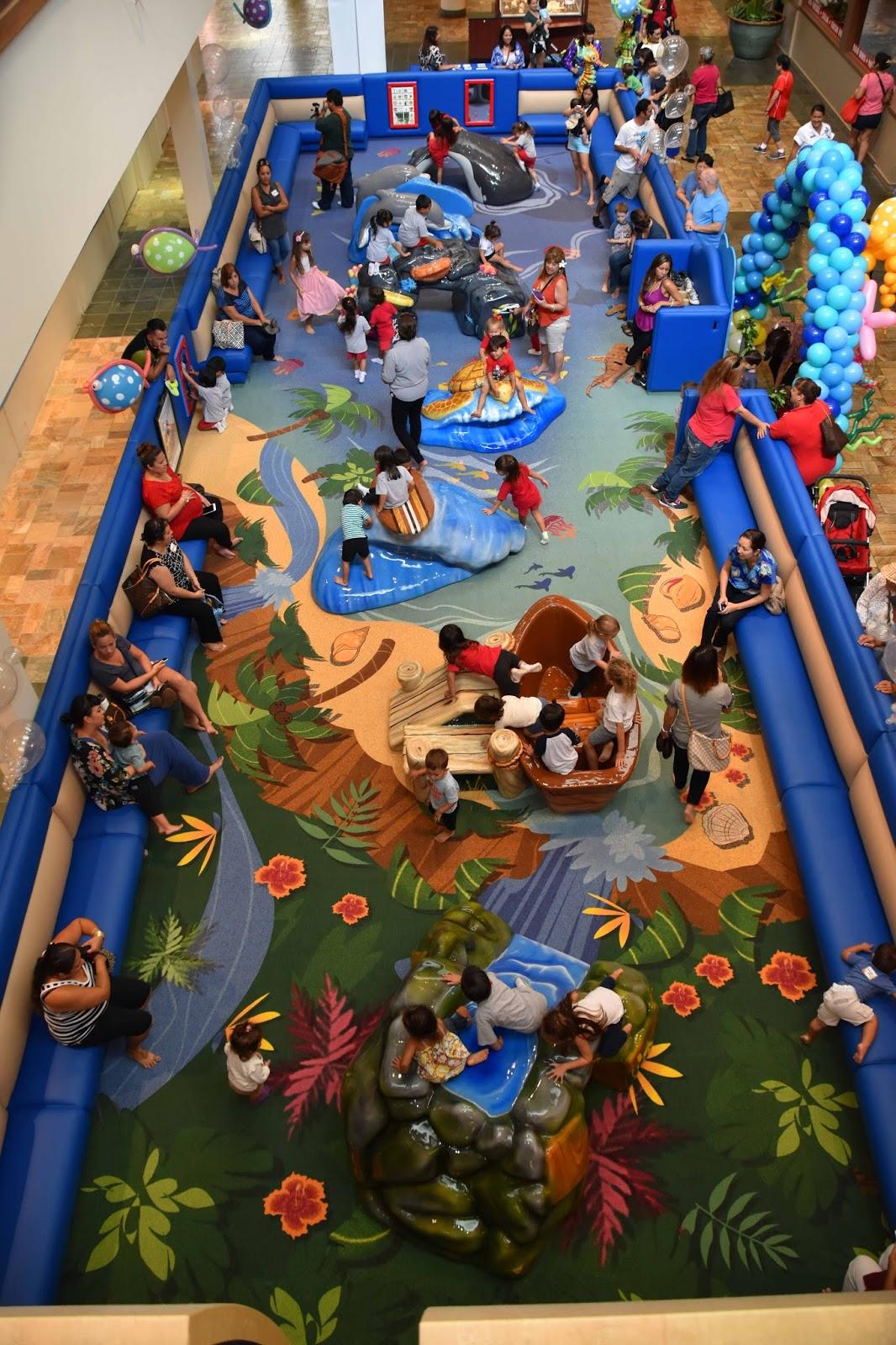 Play At American Girl: Hawaii Mom Blog: Windward Mall's New Play Area