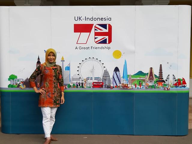 tanam pohon bersama 70 tahun Indonesia-Inggris