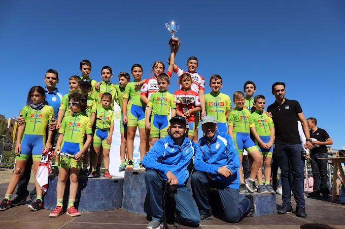 Gran éxito de participación en la II Carrera de Escuelas de la Fundación Alberto Contador