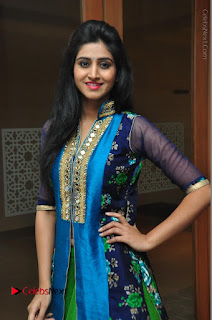 Actress Model Shamili Sounderajan Pos in Desginer Long Dress at Khwaaish Designer Exhibition Curtain Raiser  0008.JPG