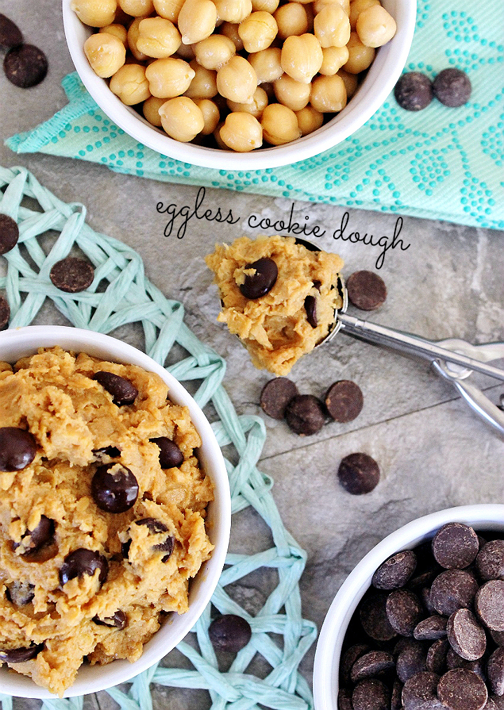 Fool even the pickiest of tastebuds with this healthy guilt-free, protein packed, egg-free, vegan raw cookie dough recipe. #SWBeans #Sponsored