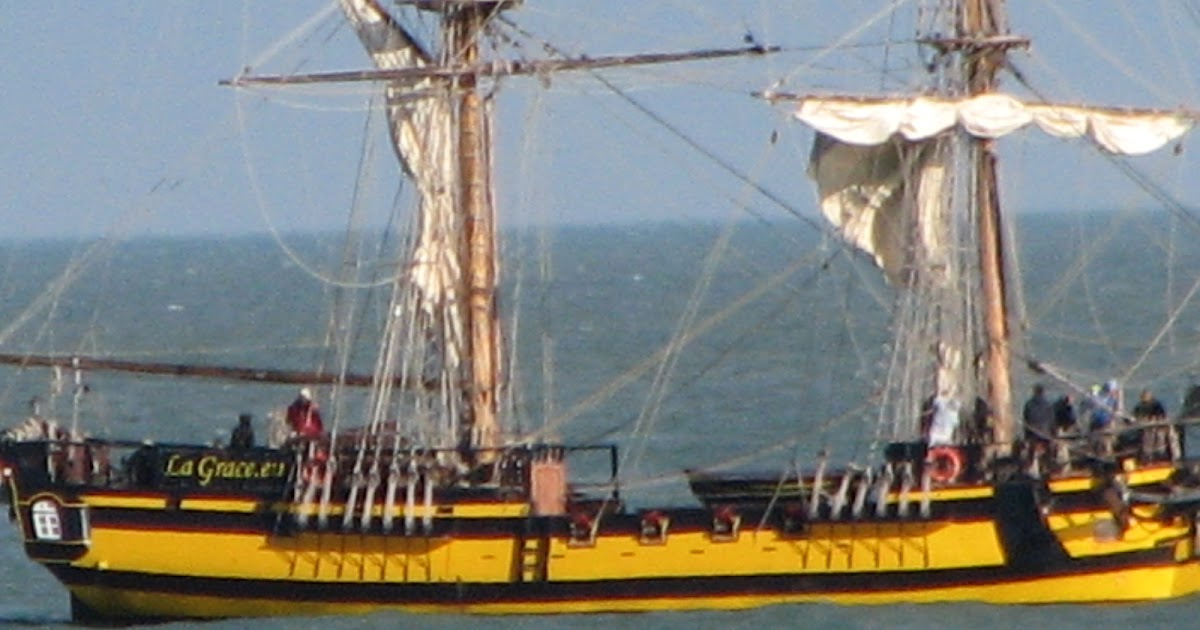 Thanetonline  Tall Ship Grace Off Ramsgate And Other Out