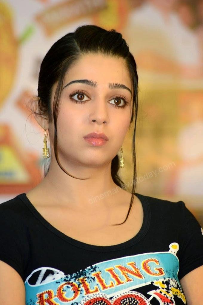 Coogled Actress Charmi Kaur Hd Wallpapers-4873
