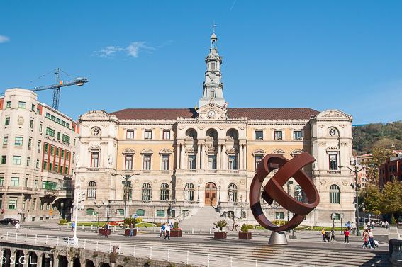 Ayuntamiento de Bilbao. Bilbao, la ria y sus puentes