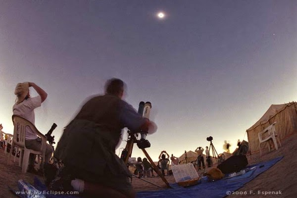 http://earthsky.org/todays-image/what-eclipse-watching-looks-like