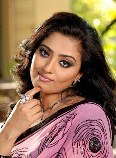 Mumtaj Profile Biography Family Photos and Wiki and Biodata, Body Measurements, Age, Husband, Affairs and More...