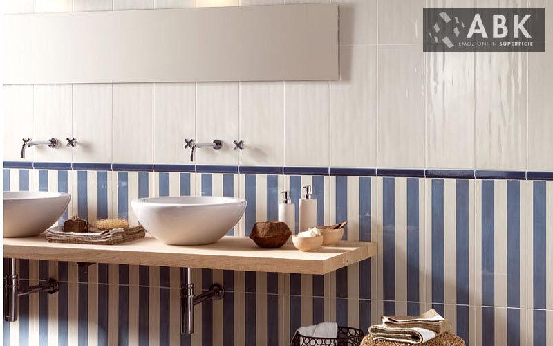 Interior relooking 5 idee per arredare la casa al mare for Foto per arredare casa