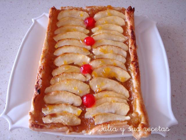 Banda de manzana con hojaldre. Juliay sus recetas