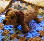 http://crochetbymaggiescraftsale.blogspot.co.uk/2014/09/dachshunddoggy-pattern-is-for-puppy.html