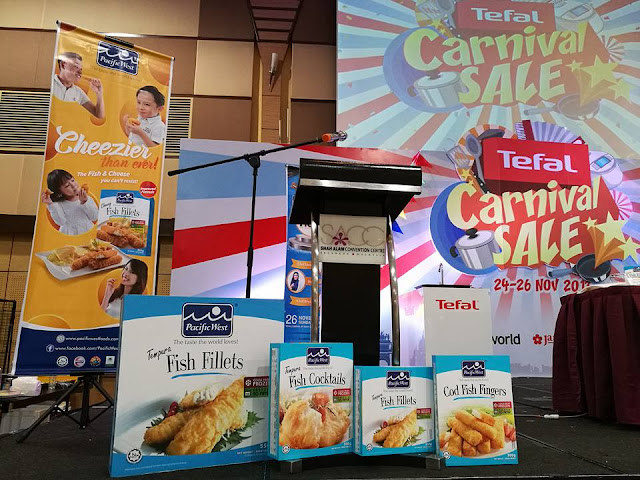 "PACIFIC WEST DEMO MASAKAN TERBAIK ADALAH DI RUMAH , PASIFIc WEST MASAKAN TERBAIK ADALAH DI RUMAH  Pacific West's Best Cook Is At Home Cookshow @ SACC Mall Shah Alam, PACIFIC WEST NEW FORMULA FISH FISHTS FISHTS ""COOKIES TERBAIK DI RUMAH"" COOKSHOW, COOKSHOW, Best Cook is At Home. The Taste of The World Loves, kerja memasak lebih mudah dengan pacific west"