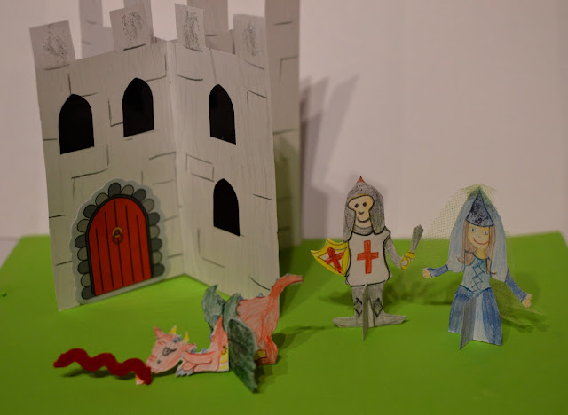 Paper Card Craft Castle Scene Knight Princess Dragon Characters